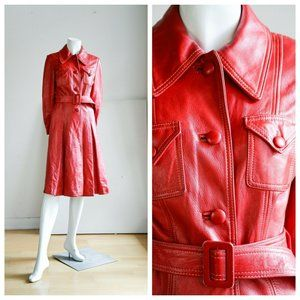 Vintage 70s Bright Red Knee Lenght Belted Trench